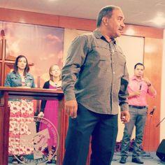 """""""Cuando dejas que el Espíritu tome control empieza a relevar lo que está bien y lo que está mal en ti"""" - P. Mizraim Esquilín #VidaAMEC #PrayerService"""