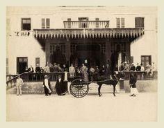 الجيزة .. امام فندق مينا هاوس .. رائعة .. حوالى 1880م. المصور Lekegian  In front of Mena House Hotel Cairo 1880