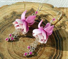 Bride Earrings Fuchsia pink white Jewelry fuchsia flowers White pink bridal jewelry Wedding earrings Beach wedding Pink earrings Polymer clay fuchsia flower