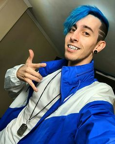 Jordan 23, Friends Family, Crushes, Kawaii, San, Boys, Scorpion, Love, Famous Youtubers