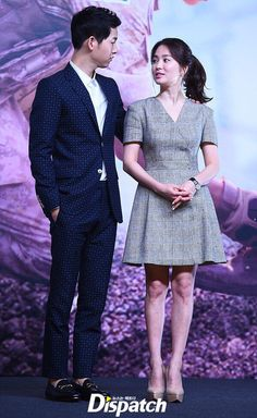 "Song-Song couple at the ""Descendants of The Sun""s promotion event in Hong Kong Korean Drama Best, Korean Drama Series, Korean Actresses, Korean Actors, Actors & Actresses, Korean Celebrities, Hollywood Celebrities, Song Hye Kyo Style, Soon Joong Ki"