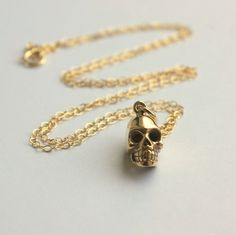 just another piece of skull jewelry, everyone. i just cannot stop.