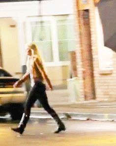 Killian running after Emma (3x03)