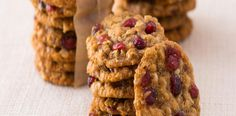Ovesné sušenky s brusinkami Krispie Treats, Rice Krispies, Candy, Cookies, Sweet, Food, Biscuits, Crack Crackers, Cookie Recipes