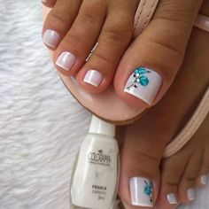 Wedding Pedicure, French Pedicure, Pedicure Colors, Pedicure Designs, Pedicure Nail Art, Manicure Y Pedicure, Nail Art Designs, Simple Toe Nails, Violet Pastel