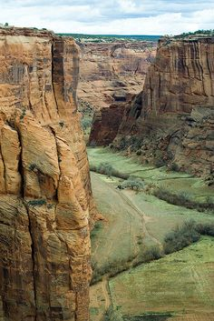 "Canyon De Chelly National Monument in Arizona (""1,000 Places to See Before You Die/ A Traveler's Life List"" by Patricia Schultz)"