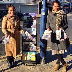 Witnessing in Wellington High Street, South London, England