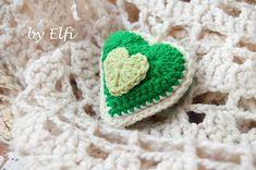 Elfi / Háčkované srdiečko ♥ v zelenej farbe Baby Shoes, Crochet Hats, Kids, Knitting Hats, Young Children, Children, Baby Boy Shoes, Kid, Children's Comics