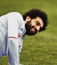 Liverpool Football Club, Liverpool Fc, Football Team, Mo Salah, Mohamed Salah, Sexy Men, Hero, Couple Photos, Fictional Characters