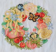 Summer+Wreath+crossstitch+by+KatheStitches+on+Etsy
