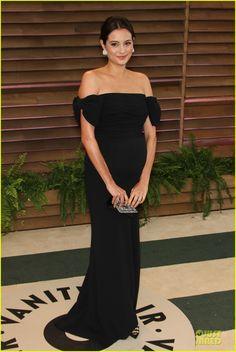 Bruce Willis Cradles Emma Heming's Growing Baby Bump at Vanity Fair Oscars Party 2014