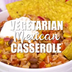 Easy and amazing vegetarian mexican casserole - this makes a ton and is so good for a fast healthy dinner! Easy and amazing vegetarian mexican casserole - this makes a ton and is so good for a fast healthy dinner! Vegetarian Mexican Rice, Vegetarian Casserole, Vegetarian Lunch, Rice Casserole, Vegetarian Italian, Vegan Meals, Vegetarian Recipes Videos, Healthy Recipes, Fast Healthy Dinners