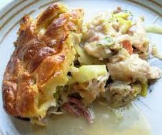 Jamie Oliver's turkey and leek leftover pie with chestnut and sage puff pastry - perfect for boxing day!!
