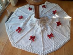Crochet Christmas Tree Skirt. I Need one of these!!!!