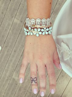 ... about Tattoo on Pinterest | Finger tattoos Hand tattoos and Compass