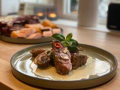 Pinnekjøttsaus på ferie i Italia — Margit Dale Matcha, Chili, Steak, Beef, Ethnic Recipes, Food, Happy, Christmas, Italia