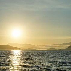 Από όλες τις μουσικές του κόσμου και του ουρανού από όλες όσες ακούω από ψηλά και από χαμηλα διαλέγω το μονοφωνικό κονσέρτο της βροχής  #hunterofstories #eduardogaleano #skg #thessaloniki #greece #sailing #offshore #clouds #morning #sun #summer #rain @mario_mariost #birthday #book #bookstagram # Mario, Celestial, Sunset, Outdoor, Outdoors, Sunsets, Outdoor Games, The Great Outdoors, The Sunset