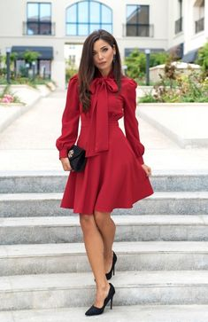 Dress Work, Dresses For Work, Fall Fashion Outfits, Autumn Fashion, Official Dresses, Dress With Bow, Dress Backs, Sequin Dress, Neckline