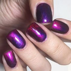 """Looking at Preen Me nail artist """"Nails by Dianna's"""" mani is like staring out into the milky way! This FUN-tastic Ombré work of art is made possible by Formula X Nail's #InfiniteOmbre line of polishes."""