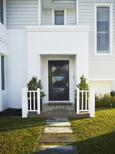 Hamptons Style Display Homes - Riverstone