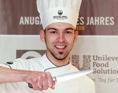 Robert Rädel, Küchenchef des Gourmetrestaurant Simplicissimus in Heidelberg, gewinnt Vorfinale Koch des Jahres in Stuttgart.