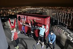 Reebok took fitness to new heights with a CrossFit WOD at the top of the Empire State Building, featuring the 2011 Fittest Man and Woman on Earth, R Crossfit Gear, Reebok Crossfit, Crossfit Games, Crossfit Athletes, Spa, Marie Claire, Workout Gear, Empire State Building, Mens Fitness