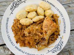 Kysané zelí recept Stoneware, Meat, Chicken, Food, Meals, Ceramic Pottery, Cubs