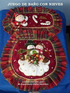 Juego de baño navideño Christmas Sewing, Christmas Art, Xmas, Christmas Ornaments, Felt Christmas Decorations, Holiday Decor, Christmas Bathroom Sets, Favorite Holiday, Homemade Gifts