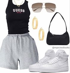 Cute Swag Outfits, Cute Comfy Outfits, Edgy Outfits, Retro Outfits, New Outfits, Teenage Girl Outfits, Teen Fashion Outfits, 2000s Fashion, Fashion Capsule