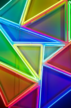 Neon triangles by David Batchelor Neon Colors, Bold Colors, Rainbow Colors, Light Colors, Neon Nights, Neon Rainbow, Neon Aesthetic, Jolie Photo, Neon Lighting
