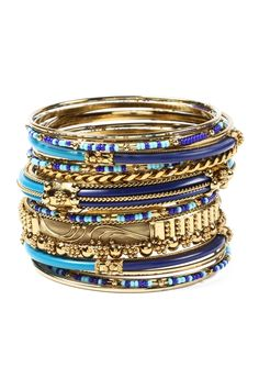 Love this bangle bracelet
