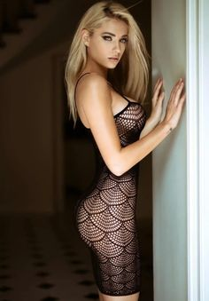 Girls In Tight Dresses pics) Beauté Blonde, Blonde Beauty, Hair Beauty, Tight Dresses, Sexy Dresses, Femmes Les Plus Sexy, Gorgeous Blonde, Young Models, Summer Dresses For Women