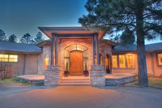 40 N Lake Hills Dr in Flagstaff AZ - This luxury home for sale in Flagstaff, AZ is the perfect mountain retreat. Offered at $1,900,000.