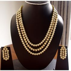 In terms of jewelry we have a vast range of exquisitely handmade and carved #fingerrings #earrings #brooches #neckpieces #bracelets and #pendant. These jewelry pieces are made in various kinds, you could find kundan–meena, plain gold and silver and other semi precious gemstones.