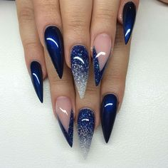 35 Navy Blue Nail Ideas You May Not Have Tried - Page 8 of 35 - Beautiful Wiki - The most beautiful nail designs Black And Blue Nails, Blue Ombre Nails, Blue Glitter Nails, Navy And Silver Nails, Blue Nails With Design, Navy Blue Nail Designs, Silver Glitter, Navy Nail Art, Navy Nails