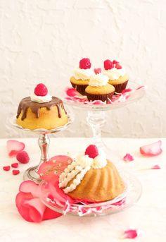 Mini cupcakes + Mini bundt cakes