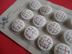 VINTAGE CZECH GLASS BUTTONS HAND PAINTED TEXTURED WHITE 12 pcs. UNUSED ON CARD noelhumphrey on eBay.co.uk