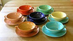 California pottery Gladding McBean 1930s Franciscan El Patio cream soups Cream Soups, Coffee Server, Kitchenware, Tableware, Vintage California, Pottery Making, Patio Table, Dinnerware, Tea Cups