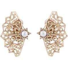 Oscar de la Renta Pearl Filigree Fan Clip Earrings (1.680 HRK) ❤ liked on Polyvore featuring jewelry, earrings, pearl, nickel free earrings, pearl jewelry, swarovski crystal jewelry, oscar de la renta jewelry and swarovski crystal earrings