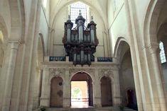 Het orgel van de kloosterkerk van Pontigny in Bourgondië Frankrijk Barcelona Cathedral, Building, Buildings, Construction