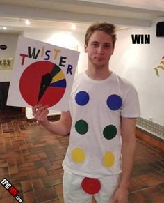 HAHAHAHAHAHA...best halloween costume ever!