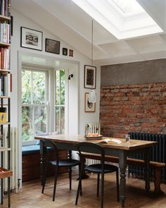 Victorian row house updated as lofty duplex by interior design Mark Lewis Dining Room Design design duplex House interior Lewis lofty Mark row Updated Victorian Townhouse Designs, Updating House, Georgian Homes, Home Interior Design, House Design, Row House, Townhouse Interior, House Interior, Victorian Homes