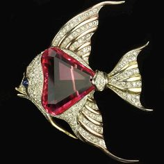 Trifari 'Alfred Philippe' Faceted Pink Topaz Belly Angelfish Pin Clip