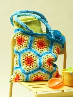 Rainbow Hexagon Beach Bag | Yarn | Free Knitting Patterns | Crochet Patterns | Yarnspirations