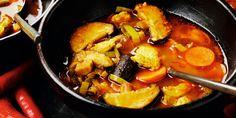 Soupe poulet-légumes pimentée au curry Pureed Food Recipes, Healthy Recipes, Healthy Food, Asian Recipes, Ethnic Recipes, Pot Roast, Love Food, Sausage, Paleo
