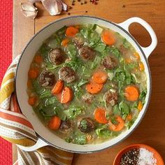 Propuesta saludable: Albóndigas veggies, con menestras y vegetales, incluso en una suculenta sopa.  Anímense a experimentar, probar y revolucionar.....