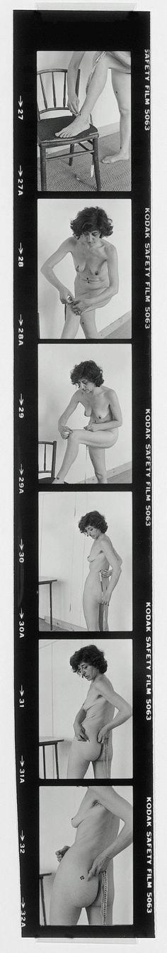 Esther Ferrer 'Íntimo y personal' [documentació de l'acció realitzada el 1977 a l'studio lerin de parís. fotògrafa: ethel blum]