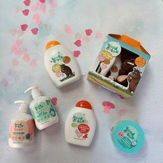 Spread the love this Valentines  and help us to reach 7K - tag your favourite mummies and daddies or future parents in this post that would love this gorgeous bundle  #goodbubblelove All you need to do to enter is:  1. Make sure you're following us @goodbubbleuk  2. Like and comment on this post tagging in more lovely mummies and future mummies. 3. add our post to your stories for an extra chance to win! . . . ts & cs: Giveaway opens 9am 14.2.20 & closes 11.59pm 21.2.20. Winner will be… Moisturiser, Bath Time, Your Story, Giveaway, Bubbles, Parents, Valentines, Future, How To Make