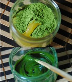 Try one of these DIY Matcha Green Tea Face Masks for reduced redness and anti-aging benefits. Perfect for rosacea and other types of sensitive skin.