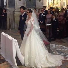 Casamento lindíssimo de José Haroldo e Rafaella na Basílica da Estrela em Lisboa! Ao som do coral da @ciasinfonica  Wedding planner: @events.somethingborrowed  #universodasnoivas #noiva #noivas #wedding #casamento #Lisboa #portual #coral #bride #voucasar